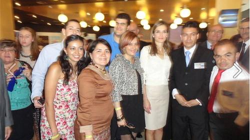 SAR Letizia Ortiz, junto con Pali y Toto et al, en la firma de la Alianza Iberoamericana