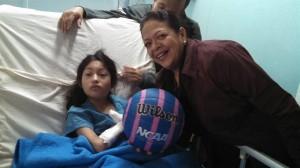 LNL Lupita Aragón y Psi Paulina Peña entregaron regalos en el ISSSTE CMN 20 de Noviembre